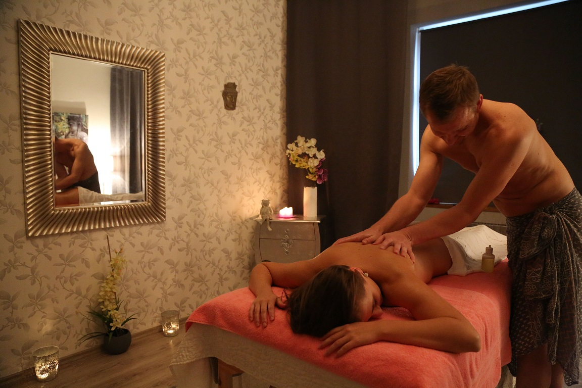 Sex na masážny salón